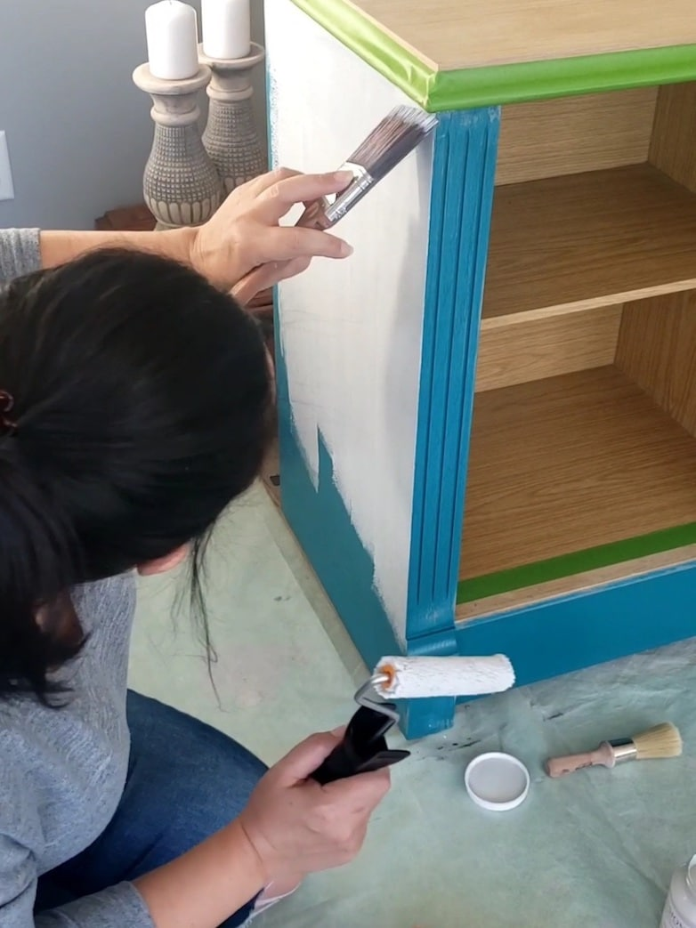 Painting a 1980s hutch